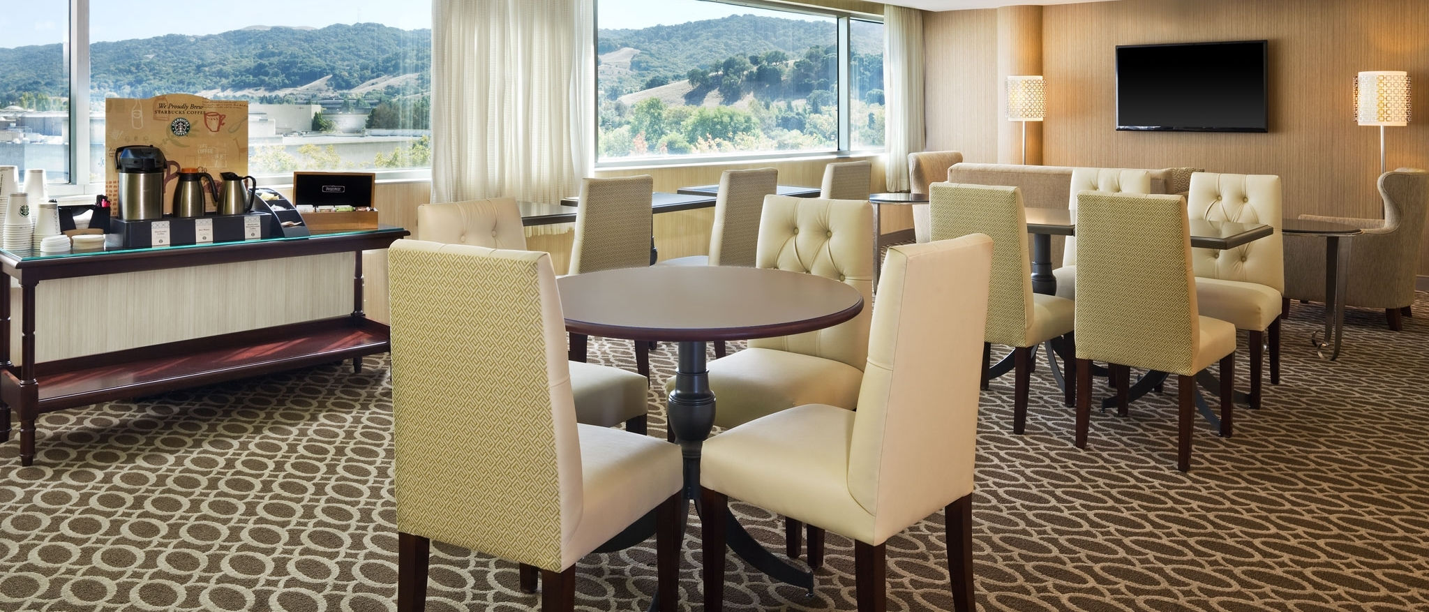 Sheraton Pleasanton - Club Lounge